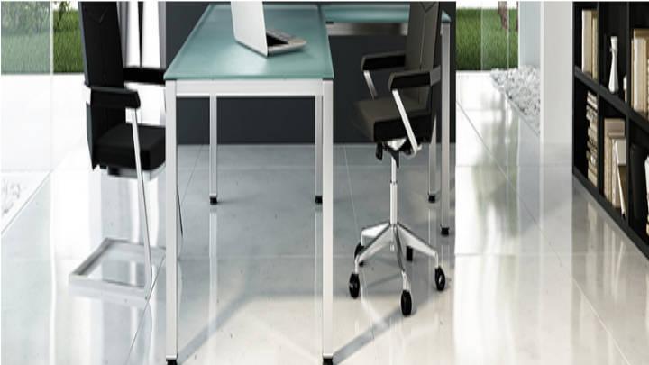 Mesas de trabajo para activar y revivir el espíritu de creatividad a la oficina